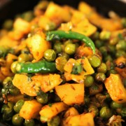 Mince and Potato Curry (Aloo Keema) made with Mama Nagi's Authentic Indian Spice Paste